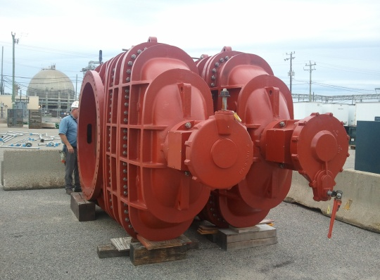 Kennedy Valve - 66 Inch Rotating Disc Gate Valves - Honeywell